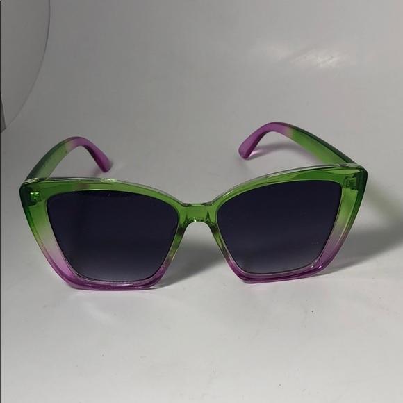 🎉 2/$10 Torrid Purple and Green Sunglasses NWOT